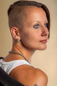 coupe cheveux courte femme